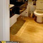 assoalho de demolicao em lavabo